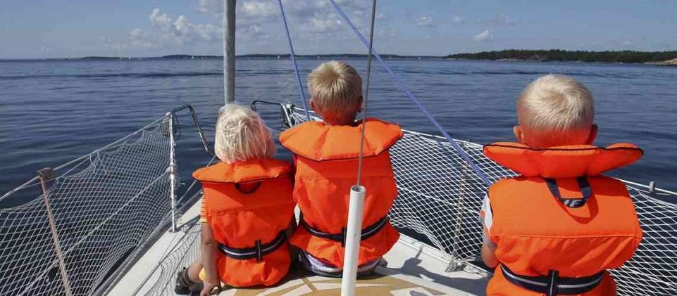 Vacanza-in-barca-con-bambini-si-puo-fare1